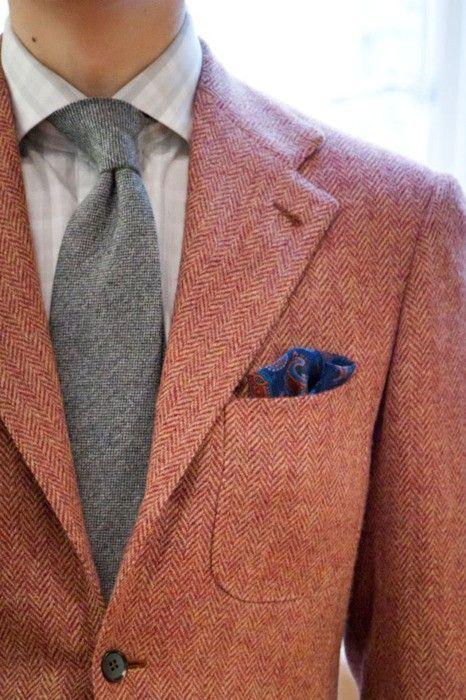 Colour aside, the picture above is a perfect example of combining texture (tweed) and pattern (Herringbone). The patch pocket ads even more surface interest
