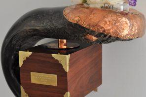 Cedes Milano – Cigar Cutter & Buffalo Horn Vase
